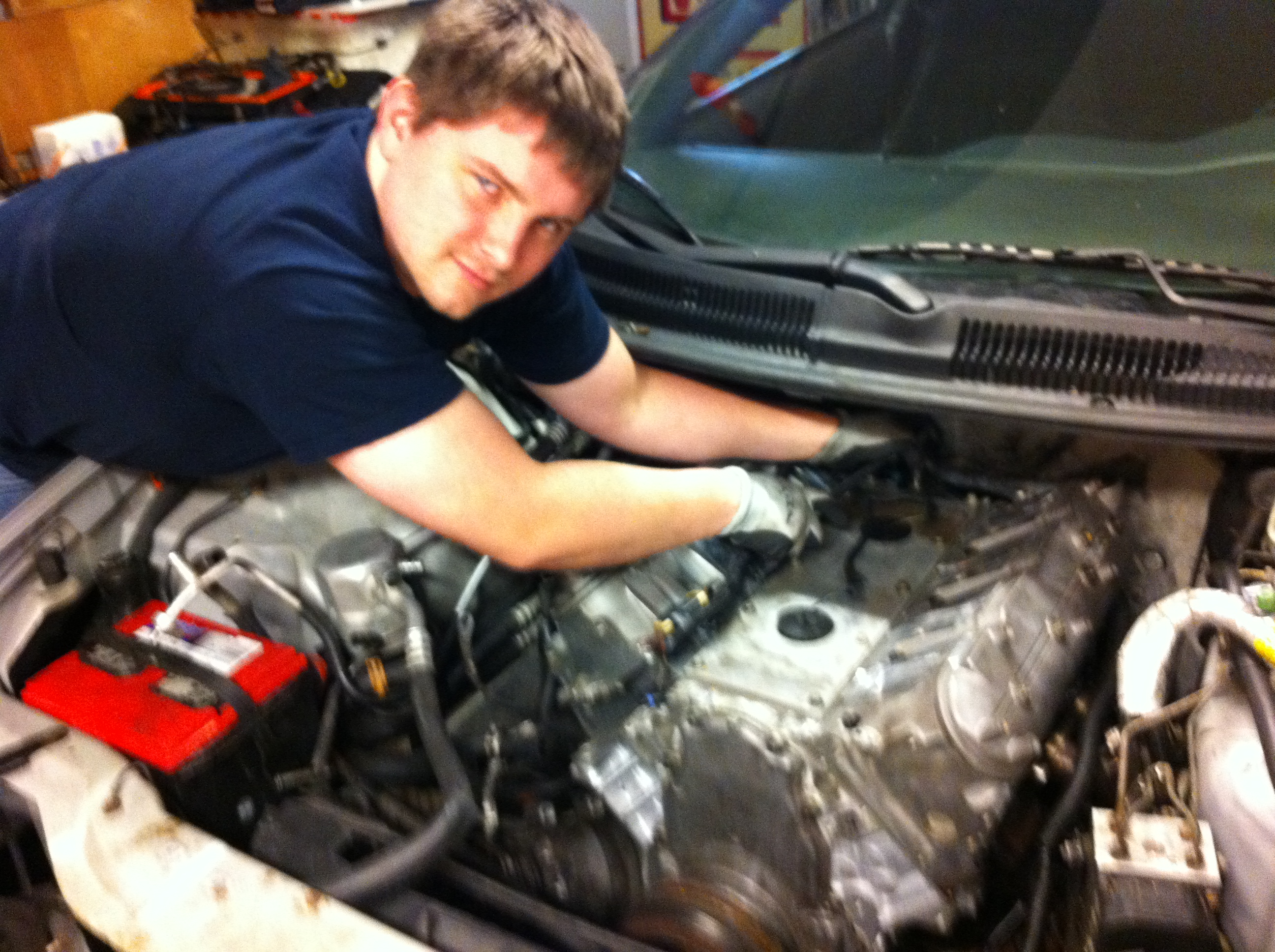 Bob getting his LS1 back together - January 2012